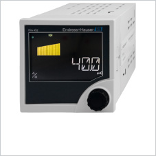 Process display with digital output, monitoring and pump control functions